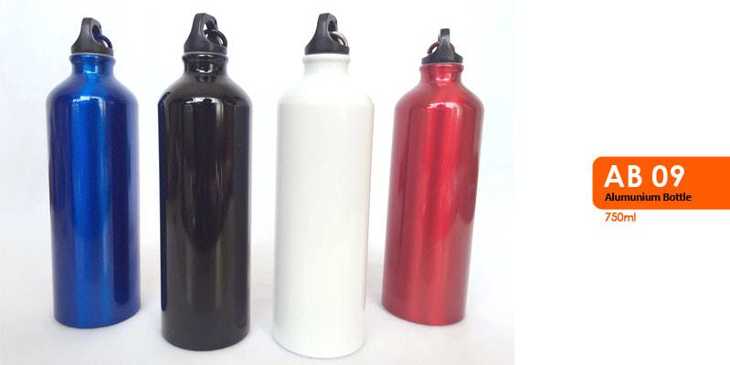 Tumbler Botol Alumunium, dilengkapi dengan carabiner -  Vizeta | Supplier Merchandise & konveksi Perusahaan Tambang
